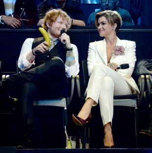 Co-hosts-musician-Ed-Sheeran-and-actress-Ruby-Rose